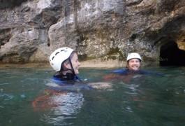 Randonnée Aquatique Au Ravin Des Arcs, Avec Les Moniteurs Canyon D'entre2nature, Basé à Montpellier.