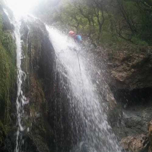 Rapel Dans Le Canyon Du Ruisseau D'Albès, Dans Le Caroux, Près De Montpellier, Dans L'Hérault