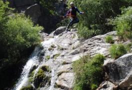 Canyoning Dans L'Orgon En Cévennes, Dans Le Gard, Près Du Vigan Sports De Pleine Nature Près De Montpellier Dans L'Hérault En Languedoc-Roussillon.