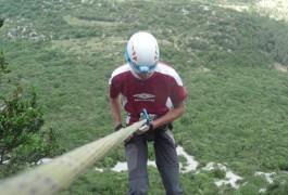 Descente En Rappel De 60 Mètres Au Pic St-Loup