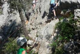 L'escalade, C'est Une Activité De Pleine Nature Encadrée Par Des Moniteurs Professionnels, Basé Sur Montpellier, Dans L'Hérault En Languedoc-Roussillon