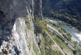 Activités De Pleine Nature En Escalade Avec Des Moniteurs Professionnels De L'escalade Et Du Canyon, Sur Montpellier, Dans Le Département De L'Hérault.