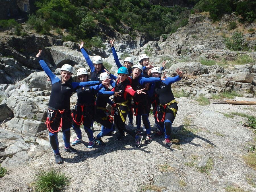 EVJF Enterrement De Vie De Jeune Fille En Canyoning Au Canyon Du Soucy