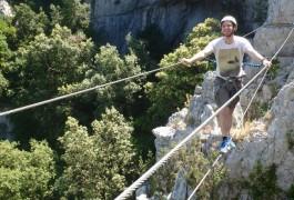 Via-ferrata Du Thaurac Et Pont De Singe Près De Montpellier Dans L'Hérault En Languedoc-Roussillon. Avec Entre2nature