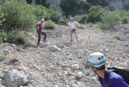 Randonnée-rappel Dans Le Parcours Aventure Du Pic St-Loup Près De Montpellier, Dans L'Hérault. Avec Les Moniteurs Escalade Et Canyon D'entre2nature En Languedoc-Roussillon.