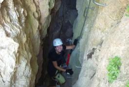 Moniteurs Du Languedoc Dans La Via-ferrata Du Liaucous, Près De Millau, Dans Les Gorges Du Tarn