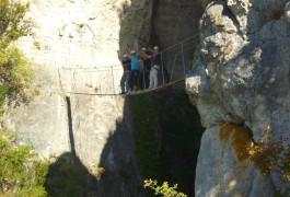 Pont Népalais Dans La Via-ferrata Du Liaucous, Près De Millau, Dans Le Tarn