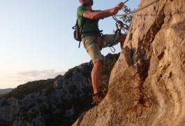 Via Ferrata Et Sports De Pleine Nature Près De Montpellier Dans L'Hérault Avec Les Moniteurs D'entre2nature En Languedoc-Roussillon.