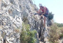 Via-ferrata Du Vidourle Dans L'Hérault Et Près Du Gard Avec Les Moniteurs Professionnels D'entre2nature. Sports De Pleine Nature Pour Tous...