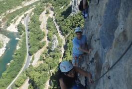 Via-ferrata Du Thaurac Près De Montpellier. Activités De Pleine Nature Dans L'Hérault Et Le Gard En Languedoc-Roussillon