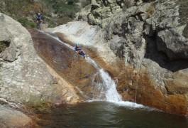 Canyoning Près De Montpellier Dans L'Hérault Et Le Gard. Cévennes Et Caroux Avec Entre2nature