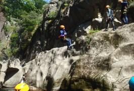 Canyoning Dans Les Cévennes En Lozère, Au Canyon Du Tapoul, Avec Les Moniteurs De L'Hérault.