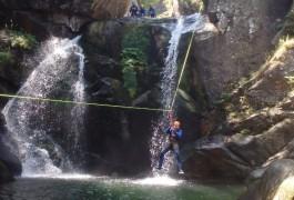Canyoning Dans Les Cévennes En Lozère, Dans Le Canyon Du Tapoul Et Sa Tyrolienne