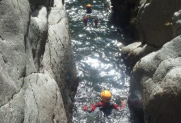 Canyoning Dans Les Cévennes Au Tapoul Près De L'Aigoual, Avec Les Moniteurs De Montpellier