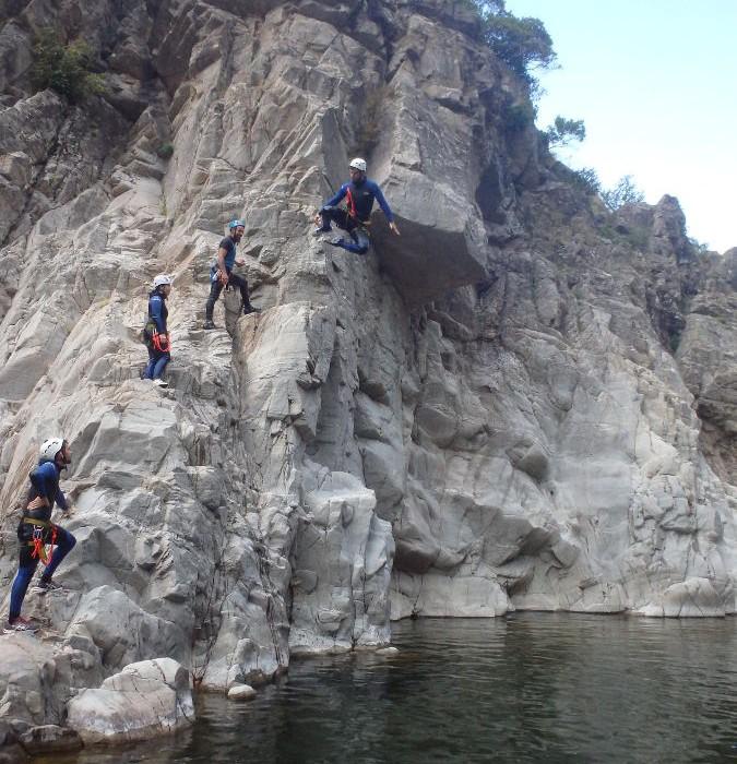 Canyoning Initiation Au Soucy Dans Les Cévennes, Entre Le Gard Et L'Hérault