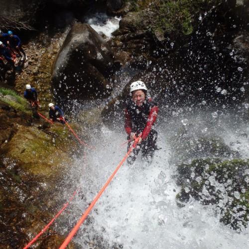Canyon Du Gard Près Du Vigan, Avec De Nombreux Rappels En Cévennes