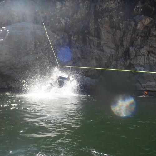 Canyoning Dans Le Gard Avec Les Moniteurs De L'Hérault En Cévennes