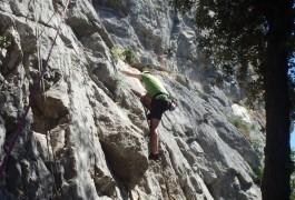 Escalade Pour Débutants Près De Montpellier Dans L'Hérault Et Le Gard