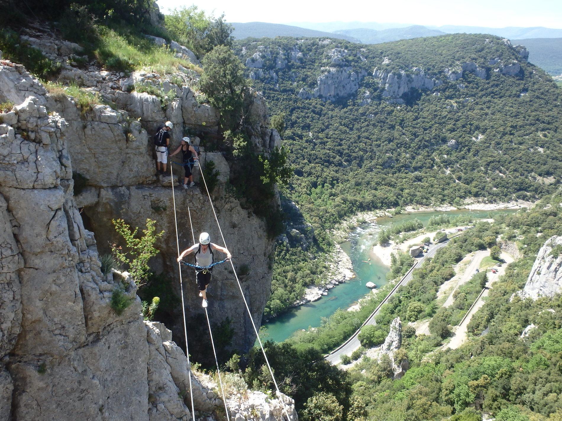 Via-ferrata du Thaurac entre Montpellier et Ganges dans l'Hérault tout près des Cévennes