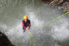 Canyoning Près De Montpellier à Saint-Guilhem Le Désert Au Pont Du Diable Dans L'Hérault