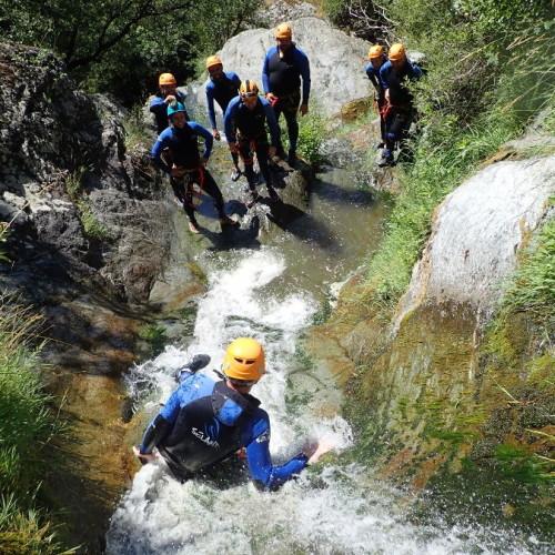 Canyoning Dans Le Ruisseau D'Albès Dans Le Caroux