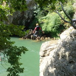 Saut Au Canyon Du Diable Près De Montpellier Dans Les Gorges De L'Hérault