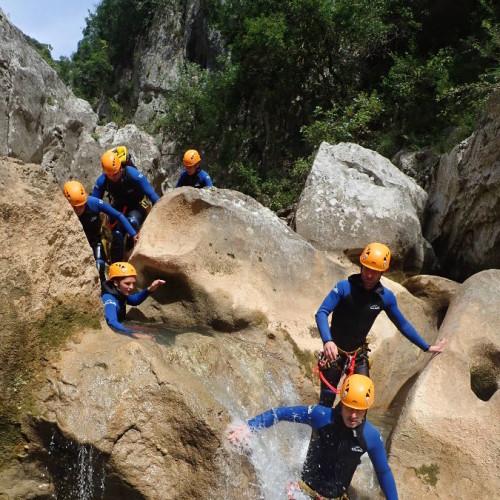 Canyon Près De Montpellier Au Ravin Des Arcs Dans L'Hérault