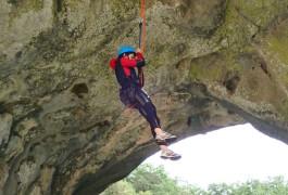 Canyon Et Rappel Près De Montpellier Au Ravin Des Arcs