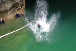 Canyon Du Ravin Des Arcs Près De Montpellier Dans L'Hérault Et Sa Tyrolienne Splash