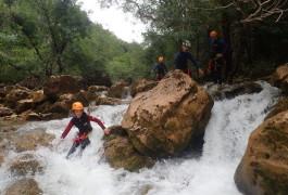 Canyoning Et Randonnée Aquatique Au Canyon Du Ravin Des Arcs