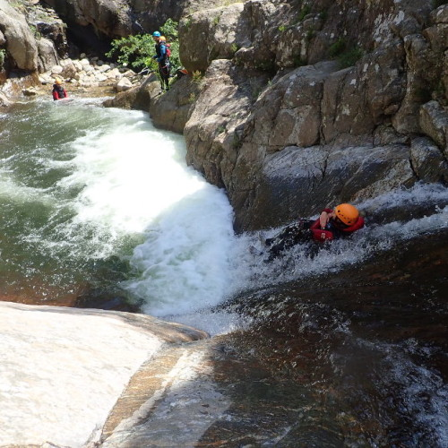 Canyon Du Rec Grand à Mons La Trivalle Et Ses Nombreux Toboggans
