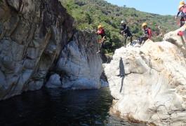 Canyoning Proche D'Anduze Dans Le Gard Au Canyon Du Soucy