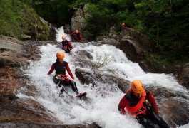 Canyoning Au Canyon Des Cascades D'Orgon Près Du Mont Aigoual Dans Les Cévennes