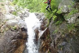 Saut En Canyoning Au Canyon Des Cascades D'Orgon En Cévennes