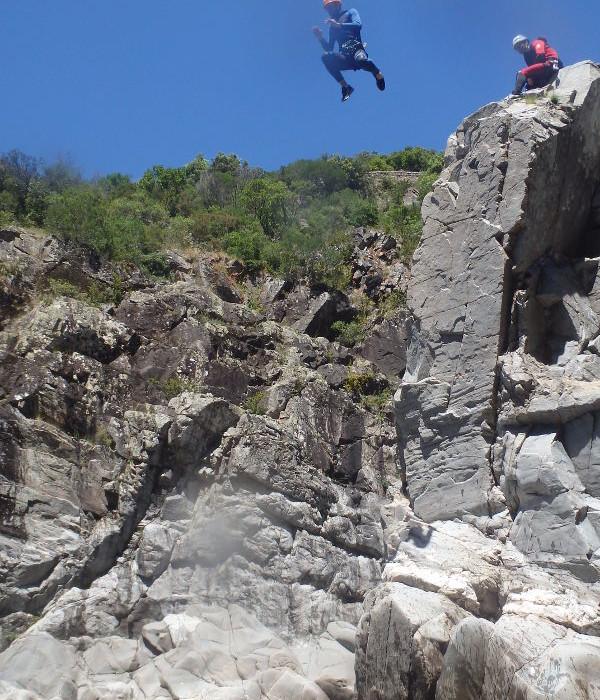 Canyoning Dans Le Gard Près D'Alès Et Anduze Au Canyon Du Soucy