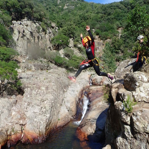 Canyoning à Mons La Trivalle Dans L'Hérault Avec Entre2nature