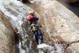 Canyoning à Mons La Trivalle Avec Pleins De Toboggans Divers Et Variés