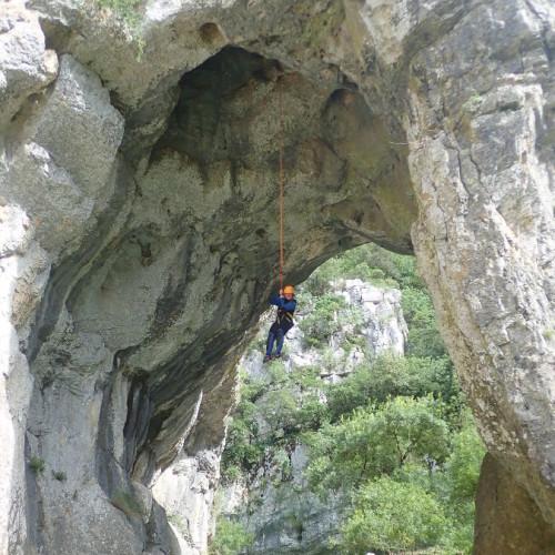 Canyoning Près De Montpellier Et Son Rappel En Fil D'araignée