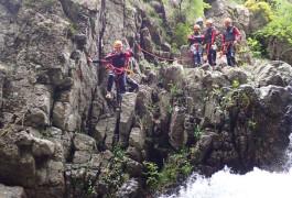 Canyoning Aux Cascades 'Orgon Dans Les Cévennes Près Du Vigan Et Montpellier