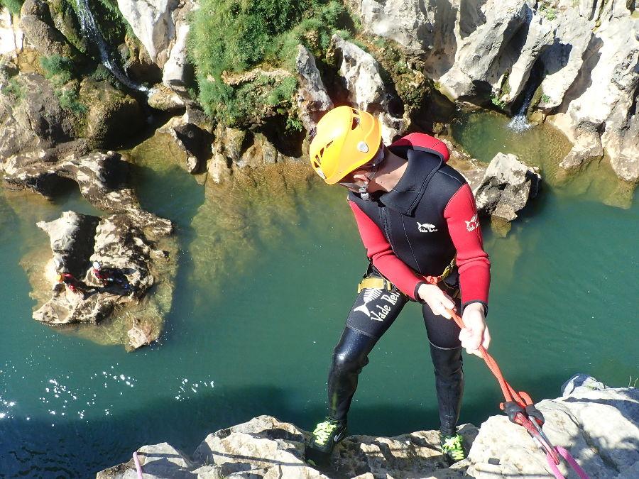 Canyoning dans les gorges de l'Hérault, près de Montpellier et Saint-Guilhem le Désert