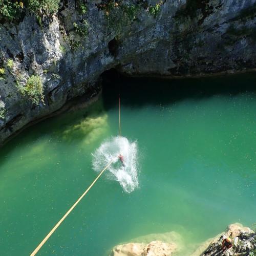 Tyrolienne En Canyoning Au Ravin Des Arcs