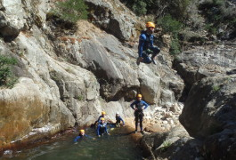 Canyoning Au Rec Grand, Près De Montpellier Et Béziers Dans L'Hérault