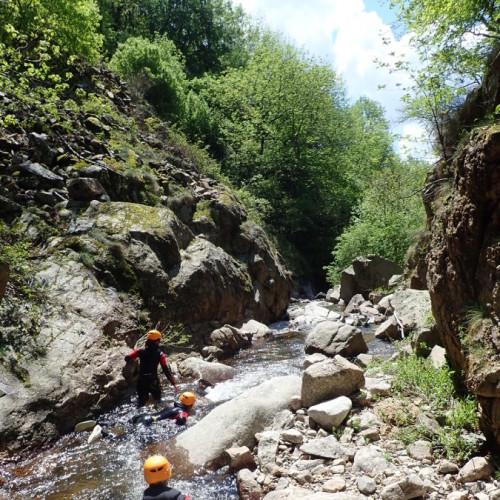 Canyoning Près Du Vigan Dans Les Cévennes Aux Cascades D'Orgon