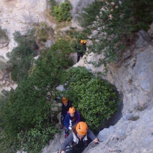 Randonnée-rappel Et Un Début En Escalade Au Verdus Dans L'Hérault