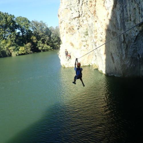 Tyrolienne De La Via-ferrata Du Vidourle Entre Nîmes Et Montpellier