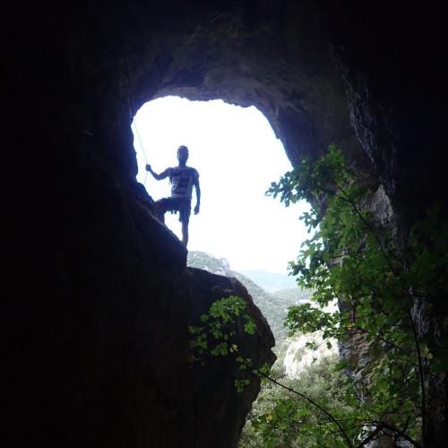 Via-ferrata Dans Les Gorges De L'Hérault Près De Montpellier
